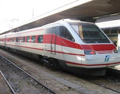 treno-freccia-bianca